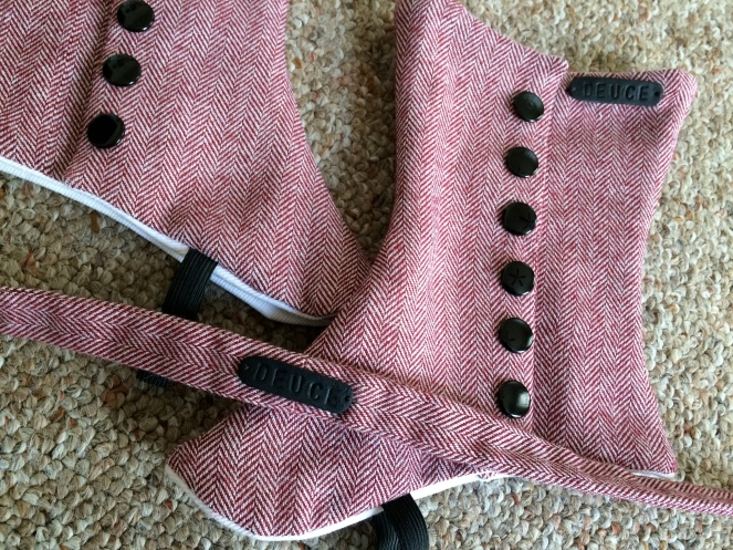 tweed herringbone spat details