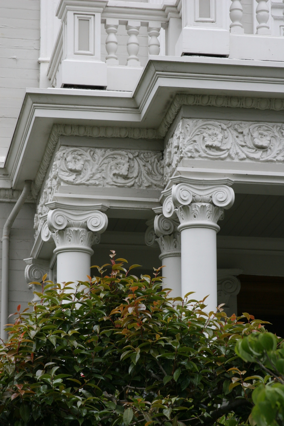 Ionic Columns and Trim Detail